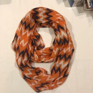 Wahoowa infinity scarf blue and orange with tags